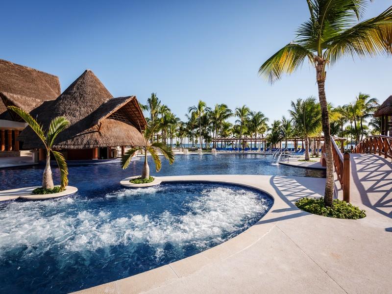 Tour a riviera maya en el hotel barcel maya beach caribe 5 solcaribe ecuador blog solcaribe - Hoteles en huesca con piscina ...